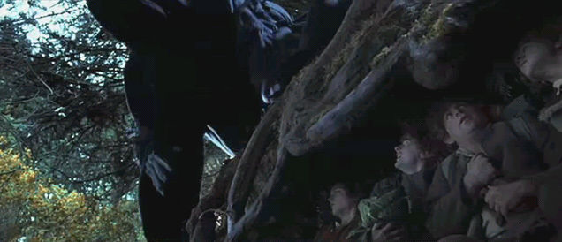 hobbits_nazgul.jpg